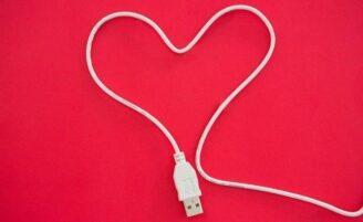10 vantagens e desvantagens da tecnologia para sua vida amorosa