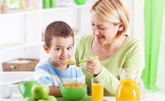 Meu filho não come: o que fazer?