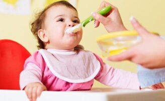 7 dicas para escolher a cadeira de alimentação do bebê