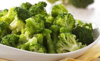10 alimentos saudáveis que deixam você satisfeita