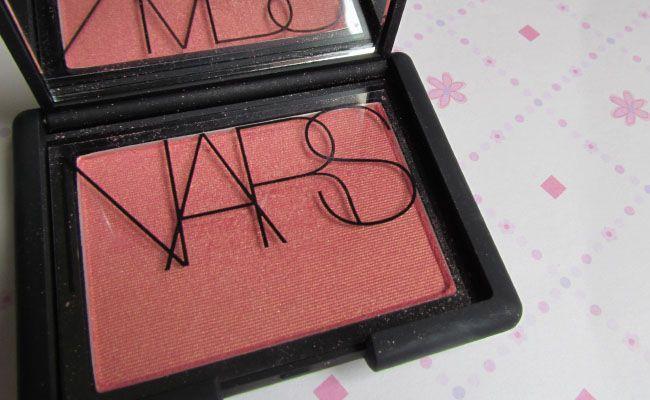 blush orgasm nars Os 10 produtos de maquiagem mais indicados pelas blogueiras brasileiras