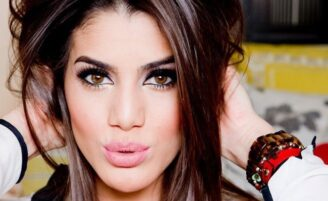 As 10 melhores gurus de beleza para seguir no Youtube