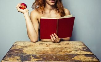10 livros eróticos que podem te inspirar a ter uma vida sexual mais picante