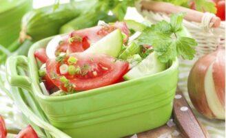 5 saladas light que não vão te deixar com fome