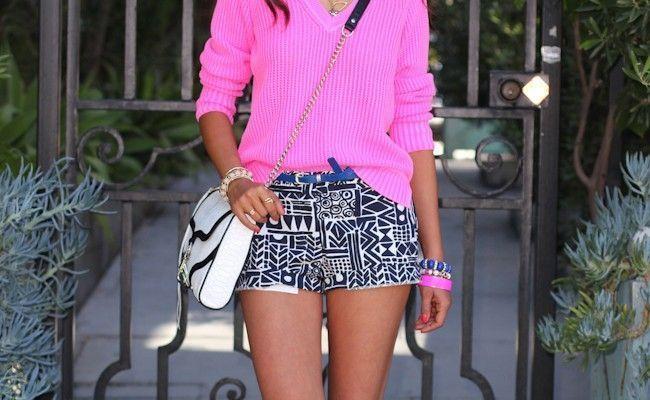 aprenda como usar short estampado no look  Shorts estampados são versáteis, confortáveis e atemporais