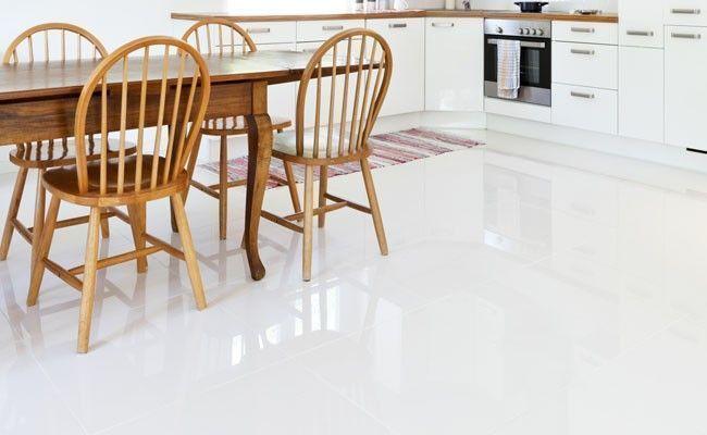 piso porcelanato Como limpar porcelanato e conservá lo novo por mais tempo