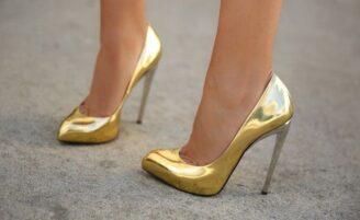 12 sapatos que toda mulher deveria ter