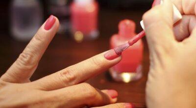 10 segredos que vão mudar o seu jeito de fazer as unhas em casa