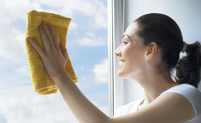 como limpar janelas e vidros dicas de mulher. Black Bedroom Furniture Sets. Home Design Ideas