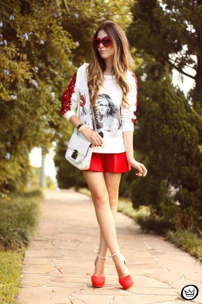 blogueira sapato vermelho 3 Sapato vermelho: a cor forte e vibrante torna qualquer calçado poderoso
