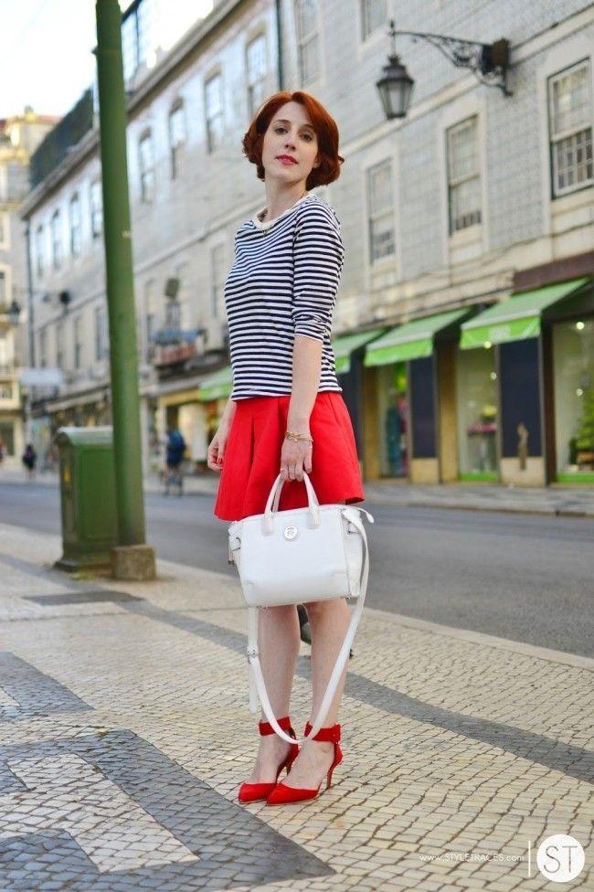 blogueira sapato vermelho 4 Sapato vermelho: a cor forte e vibrante torna qualquer calçado poderoso