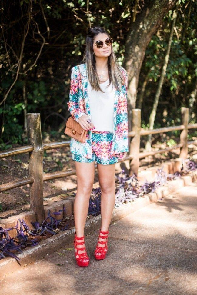 blogueira sapato vermelho 9 Sapato vermelho: a cor forte e vibrante torna qualquer calçado poderoso