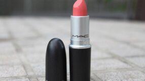 Batom MAC: texturas e cores incríveis para valorizar seus lábios