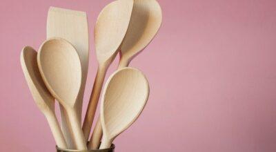 Como limpar e conservar utensílios de madeira