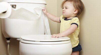 10 formas de desentupir vaso sanitário sem sujeira