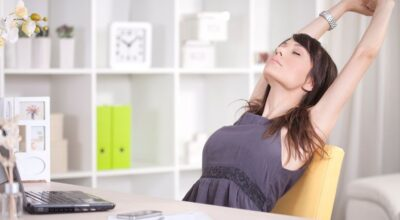 8 suplementos e vitaminas que aliviam as dores nas costas
