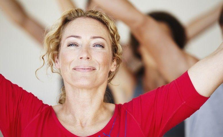 Resultado de imagem para dieta e exercícios mulher madura