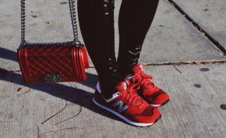 Como usar tênis com estilo em looks descolados