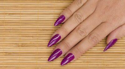 Unhas stiletto: a nail art que deixa suas mãos cheias de personalidade