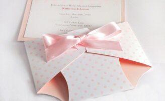 Ideias, modelos e inspirações para o convite do seu chá de bebê