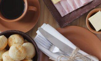 O que comer e o que evitar no café da manhã