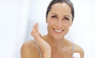 Pele flácida: aprenda como prevenir e amenizar a flacidez