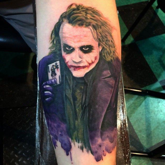 Foto: Reprodução / Surreal Tattoo