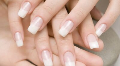 Unhas de gel prometem brilho e alongamento com aspecto natural
