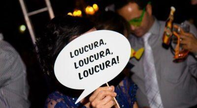 Plaquinhas para festa: uma ideia simples para animar seus convidados
