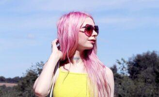 Cabelos coloridos: como alcançar e manter as cores fantasia