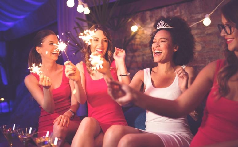 Chá de lingerie  como organizar uma celebração divertida 16b91b50030