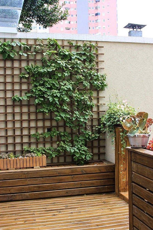 Jardim suspenso 50 ideias criativas para pequenos ambientes for Reja para jardin vertical