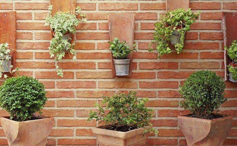 Jardim suspenso 50 ideias criativas para pequenos ambientes -> Decoração De Jardins Pequenos Com Flores