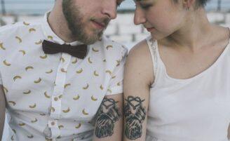 Tatuagem de casal: inspirações para eternizar o relacionamento na pele