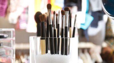 20 ideias geniais para organizar seus acessórios e maquiagens
