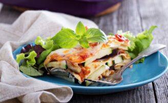 16 saborosas receitas de lasanha de berinjela para uma dieta low carb