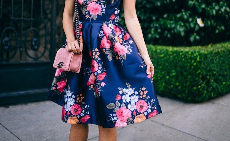 1e2943baf6 Vestido rodado  50 looks das blogueiras que são puro amor