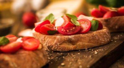 46 receitas de bruschettas para entradas cheias de sabor e criatividade
