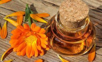 16 benefícios incríveis do óleo de calêndula e como usá-lo no dia a dia
