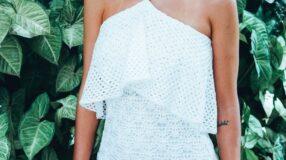 Como criar looks certeiros, femininos e nada óbvios com vestido branco