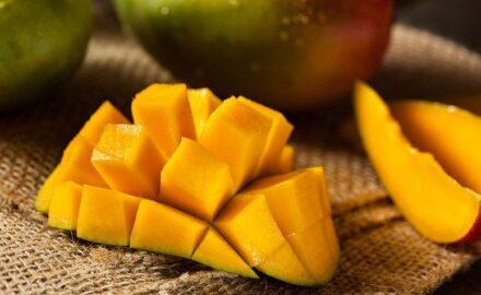 Manga: bons motivos para incluir essa fruta versátil e saborosa no cardápio