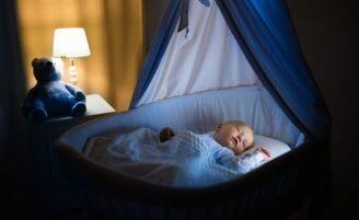 Como escolher o modelo de berço ideal para o seu bebê