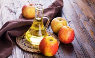 6 reais motivos para usar vinagre de maçã no seu próximo banho