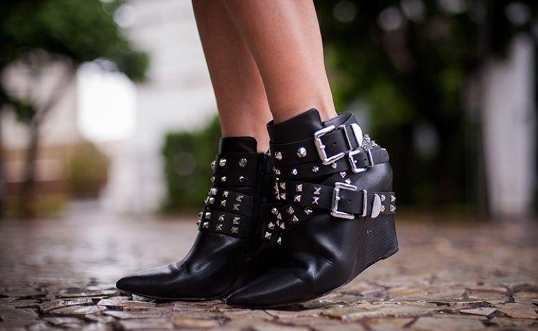 a3c50cd981 Botas de cano curto  aprenda a usar o calçado que nunca sai da moda