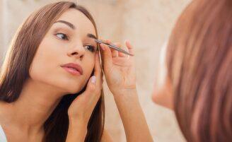 Aprenda a preencher e dar forma para suas sobrancelhas