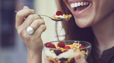 5 benefícios da granola e como prepará-la com mais sabor e saúde