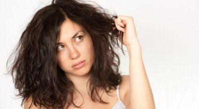 8 hábitos diários que podem estar danificando seus cabelos