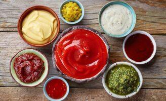 122 receitas de molhos que vão turbinar os sabores dos seus pratos