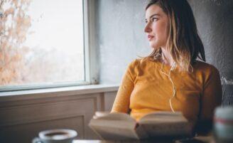 8 sinais de que você é uma pessoa introvertida