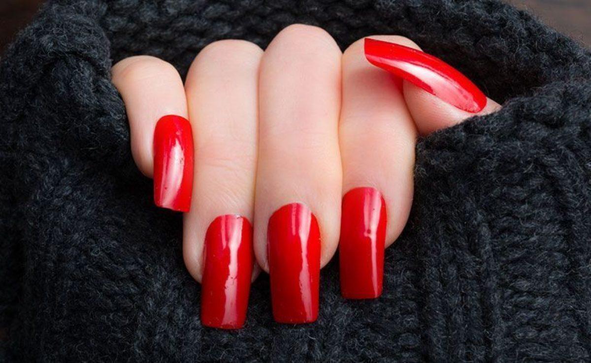 Unhas vermelhas: 30 nail arts nesta cor que nunca sai de moda